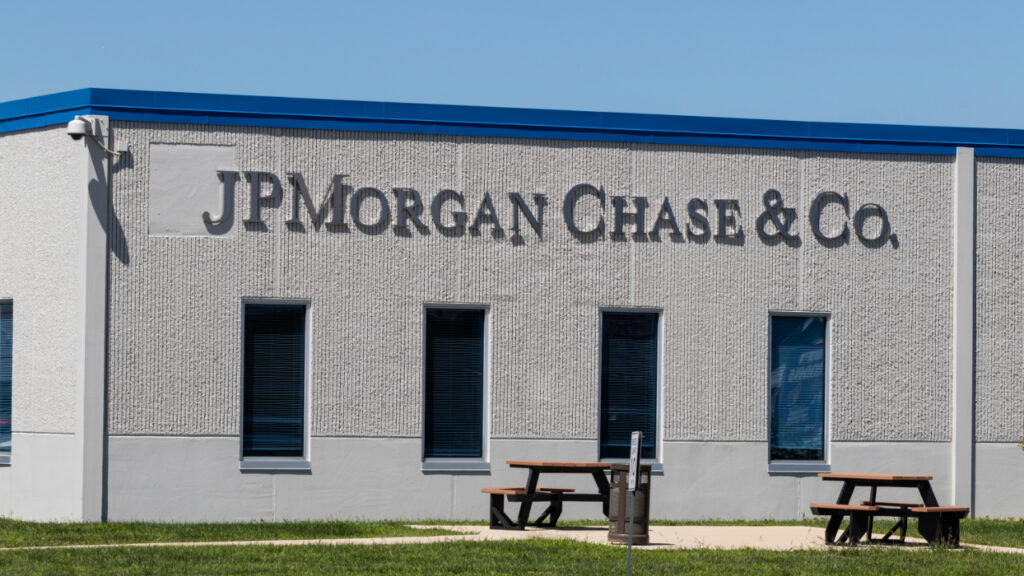 jpmorgan-says-crypto-market-is-healing,-expects-more-price-decline-before-capitulation