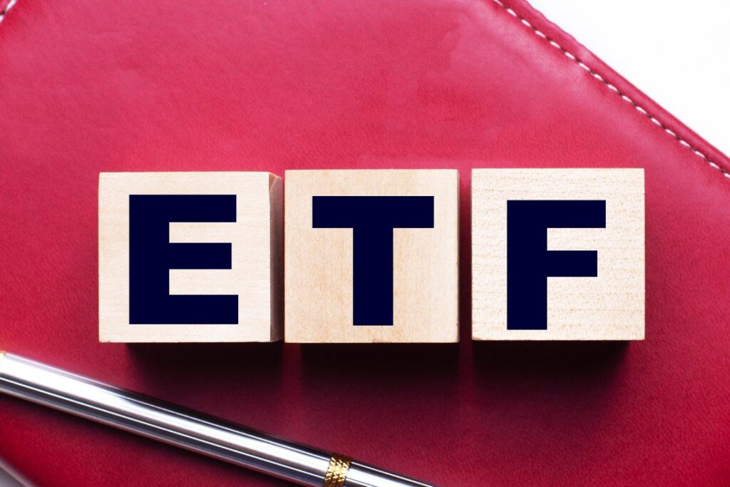 cathie-wood-wants-to-launch-an-etf-on-bitcoin