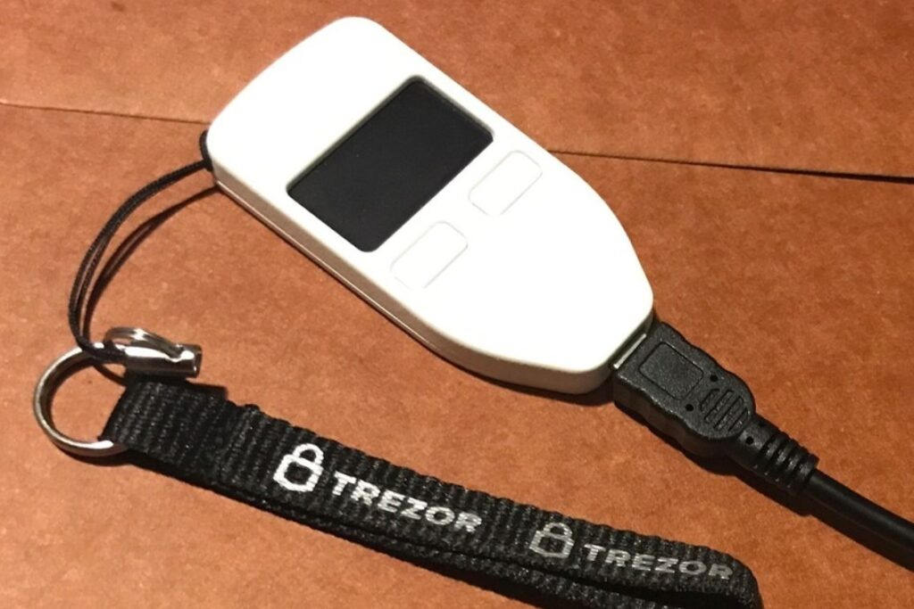 trezor-suite:-bitcoin-hardware-wallet-becomes-more-secure-and-easy-to-use